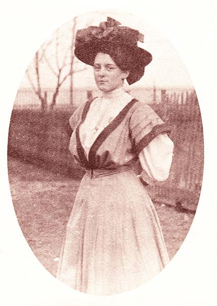 Elizabeth Roth, shop namesake - circa 1910
